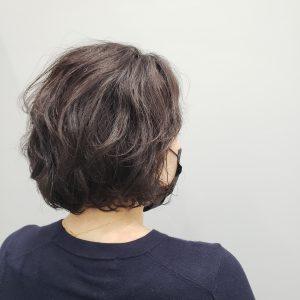 くせ毛を活かした髪型 くせ毛ボブ
